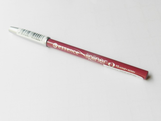 Essence Lip Liner in Honey Berry Review (7)