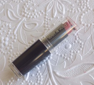 Wet N Wild Mega Last Lip Color in Spiked With Rum Review