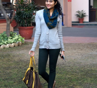 Snug Winter Essentials for Fashionistas who want to stay Stylish