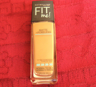 Maybelline Fit Me! Foundation : Swatch and Review
