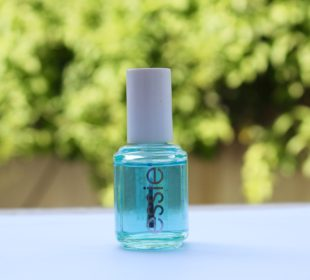 Essie All In One Base : Review