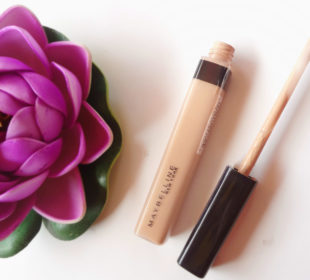 Maybelline Fit Me! Concealer : Swatches and Review