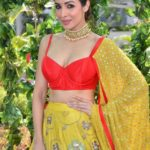 Makeup Breakdown : Malaika Arora at LFW '17