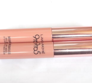 Lakme 9 to 5 Weightless Matte Mousse Lip & Cheek Color : Pink Plush & Fuchsia Suede