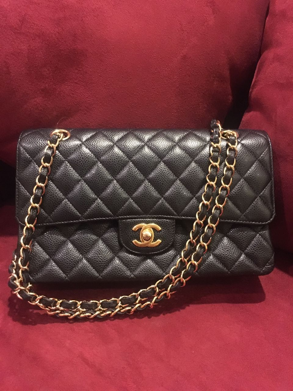 84ccd9f78a3c (1) Chanel Flap Bag in Black (Medium) – I have it in the caviar leather  finish + gold hardware and it will never go out of style.
