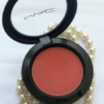 MAC Sheer Tone Blush (Pinch Me) : Swatches & Review